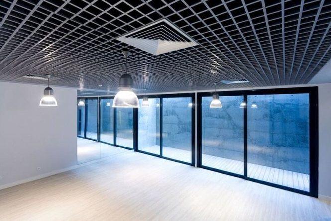 Как выбрать подвесной потолок Грильято